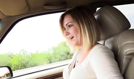 Симпатичная девулька занимается сексом на кастинге и в автом...
