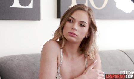 Секс босса и горничной видео, кормящие красивые сиськи