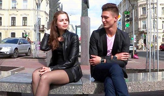 Молодой пикапер снял русскую молодуху и развел ее на горячий...