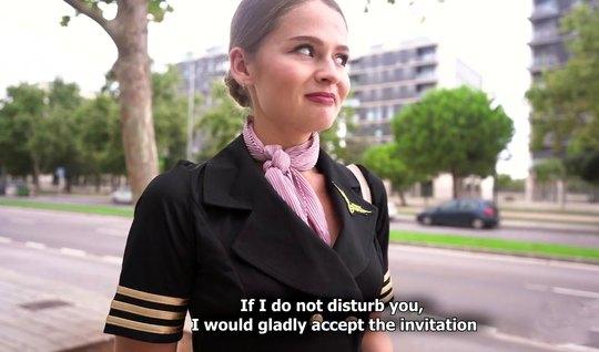 Русская стюардесса после пикапа согласилась на секс с незнак...